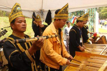 RS21233_Kinabalu Merdu Bamboo Orchestra 3-scr.jpg